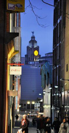 It's 6 o'clock on School Lane - Liverpool Liver Building, via Flickr.