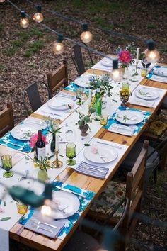 Para preencher a mesa, boas companhias, bons pratos, boas risadas e ótimos vinhos. #wine #vinho #decoration #decoracao #arlivre