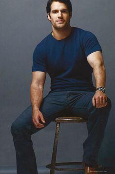 Author Angela Campbell chats about On the Scent and Henry Cavill. http://henrycavill.org/en/exclusive/authors/item/889-angela-campbell-on-the-scent