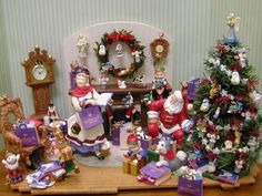 A lovely Christmas scene using Hallmark ornaments