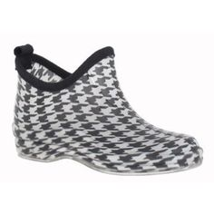 Capelli New York Classic Houndstooth Print With Back Pull Loop Ladies Slip-On Bootie Jelly Shoe