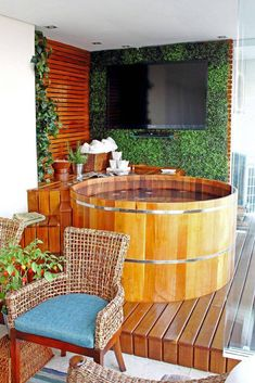 The leisure space does not require ample ground to install recreational items to relax and hold a meeting with friends and family. THE small play area. Jacuzzi, Bungalow, Hot Tub Surround, Zen Space, Small Pools, Massage Room, Swimming Pool Designs, Outdoor Furniture Sets, Outdoor Decor