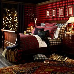 Create a Winter Retreat With Tartan Bedding. So it's not actually about Scotland, but I LOVE tartan! Can there be too much plaid in a room? (Although, I'd rather go for a Moffat on the walls. Winter Bedroom, Christmas Bedroom, Home Bedroom, Bedroom Decor, Bedroom Ideas, Winter Bedding, Bedroom Furniture, Wicker Furniture, Bedroom Inspiration