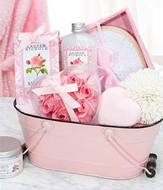 gift baskets of our spa line soaps, lotions, bath salts,gels in each guest bathroom Regalo Baby Shower, Girl Spa Party, Deco Rose, Rosalie, Diy Gift Baskets, Raffle Baskets, Everything Pink, Bath Salts, Girly Things