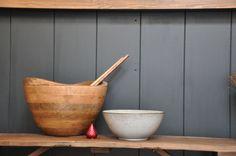 Wood & ceramic & red