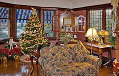 Beazley House Bed & Breakfast Inn in Napa, California front parlor  during Holiday