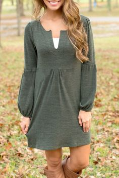 Simple Cut-out V Neck Lantern Sleeve Dress
