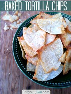 Homemade tortilla chips - only 159 calories per serving and ready in under 20 minutes. Homemade Corn Tortillas, Homemade Tortilla Chips, Homemade Chips, Homemade Salsa, Homemade Recipe, Appetizer Recipes, Snack Recipes, Cooking Recipes, Appetizers