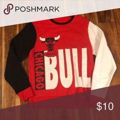 Chicago Bulls crew neck sweatshirt. Chicago Bulls crew neck sweatshirt. unknown Sweaters Crewneck