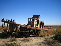 Dried up Aral sea shipwreck