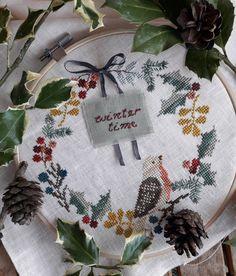 Cross Stitch Kitchen, Cross Stitch Art, Cross Stitching, Cross Stitch Patterns, Hand Embroidery Videos, Embroidery Art, Theme Noel, Christmas Cross, Le Point