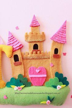 Nombre de fieltro La princesa Ivet, nombre de fieltro castillo / name felt princess and castle http://accesoriosdulcescaramelos.blogspot.com.es/2015/02/la-princesa-ivet-nombre-de-fieltro.html