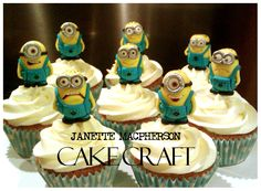 Birthday Cakes - Despicable Me minion cupcakes - minions hand modelled in fondant