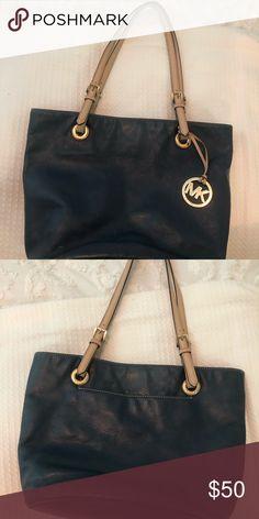 218423bb6ac015 MK Navy Purse Navy purse with tan straps Michael Kors Bags Shoulder Bags