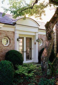 1920s Georgian Brick  -  Linda Broughman via Susan LeSeur onto Architectural Detail
