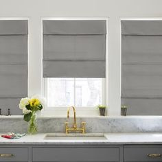 Chicology Daily Grey Cordless Magnetic Roman Shade