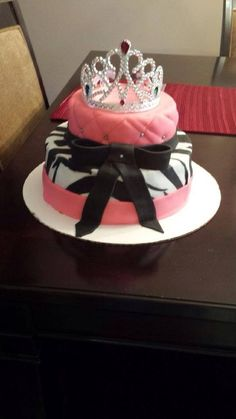 929Cakes Toronto fondant covered princess birthday cake with bow and zebra print