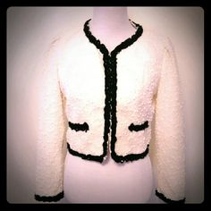 """Tweed Black and White Jacket Very cute jacket. B-36"""", L-18"""" Forever 21 Jackets & Coats Blazers"""
