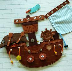 Baby Quiet Book, Felt House, Felt Quiet Books, Travel Toys, Busy Book, Handmade Books, Nature Crafts, Felt Crafts, Kids And Parenting