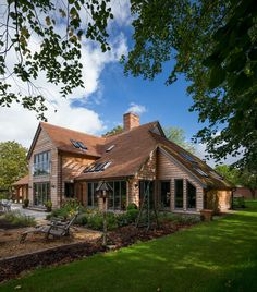 Since 1980 Border Oak have specialised in the design and construction of exceptional bespoke oak framed buildings across the UK and abroad Barn Conversion Exterior, Barn House Conversion, Bungalow Conversion, Timber Frame Homes, Timber House, Oak Framed Buildings, Metal Buildings, Border Oak, Oak Frame House