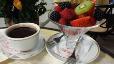 Delicious Italian Hot chocolate & fruit #foodlover#fruit#healthy#Florence