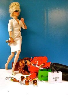 drunk from shopping Barbies. #AbFab Absolute Fabulous, Favorite Things, Abs Fab, Shops Bags, Funny, Abfab, Fabulous Barb... - I Made A Funny