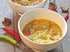 Gazpacho, Low Carb Keto, Cheeseburger Chowder, Keto Recipes, Chili, Bacon, Food And Drink, Tasty, Meals