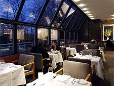 Scaramouche Restaurant - Toronto, Ontario, Canada (via Toronto4Couples.com)