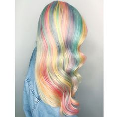 Mermaid hair GOALS 🦄🐬💘🍭 Tag someone who should do this⚡️ (📸 Hair Color Highlights, Red Hair Color, Cool Hair Color, Purple Hair, Ombre Hair, Pastel Rainbow Hair, Dyed Hair Pastel, Pelo Multicolor, Color Fantasia