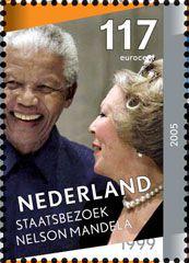 Beatrix en Nelson Mandela samen op de postzegel, 2005
