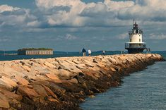 A Walk to Spring Point Light House