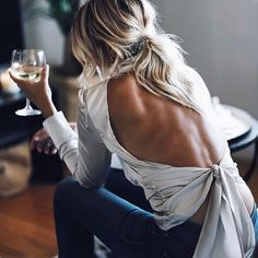 Discovered by Find images and videos about fashion, style and ootd on We Heart It - the app to get lost in what you love. Look Fashion, Fashion Outfits, Womens Fashion, Fashionable Outfits, Fashion Art, Only Shorts, Minimalist Street Style, Casual Summer Outfits For Women, Photo Instagram