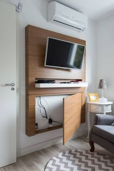 Modern TV Wall Mount Ideas For Your Best Room - ARCHLUX.NET TV Wall Mount Ideas for Living Room, Awesome Place of Television, nihe and chic designs, modern decorating ideas Tv Wall Design, House Design, Bedroom Tv Unit Design, Tv Unit Bedroom, Sweet Home, Diy Casa, Living Room Tv, Living Room Ideas For Tv, Tv On The Wall Ideas