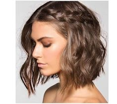 2017 yılı Moda Saç Trendlerinden Kısa Örgü Saç Modellerini ve Fikirlerini Bu…