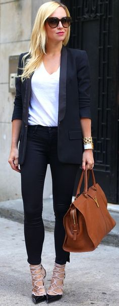 Black Blazer brooklyn blonde