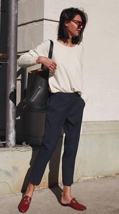 30 Trendy Outfits For When Youre Bored of Everything You Own - Loafers Outfit - Ideas of Loafers Outfit - trendy outfit idea / white pullover bag pants red loafers Work Fashion, New Fashion, Street Fashion, Trendy Fashion, Winter Fashion, Fashion Outfits, Fashion Trends, Fashion Shoes, Trendy Style