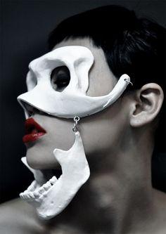 ronbeckdesigns:  bone mask Visit jojikojima.com
