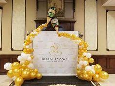 Decoración de cumpleaños y eventos con globos! | Tucumpleañosfeliz.cl Champagne Balloons, Wedding Balloons, Balloon Columns, Balloon Arch, Balloon Centerpieces, Balloon Decorations, Wein Parties, Beer Birthday Party, Black And Gold Balloons