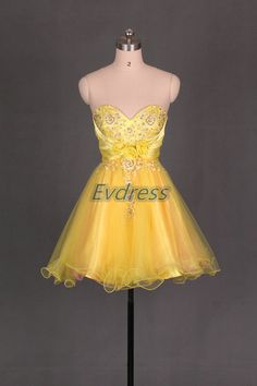 Short yellow tulle homecoming dress 2016 , cute women gowns for cocktail party , cheap chic prom dresses under 100. by Evdress on Etsy https://www.etsy.com/listing/199500856/short-yellow-tulle-homecoming-dress-2016