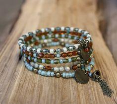 Bracelet manchette bohème en perles de verre turquoise ambré vert (Réf Bm12) : Bracelet par les-3-oranges