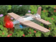 How To Make Flying Airplane Using Cardboard and Coke Bottle Crafts ? aus pet flaschen fledermaus How To Make Flying Airplane Using Cardboard and Coke Bottle Cardboard Airplane, Make A Paper Airplane, Airplane Kids, Airplane Crafts, Best Airplane Games, Airplane Flying, Cardboard Toys, Paper Plane, Projects For Kids