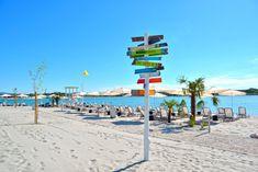 Sandstrand: 5 mal City Beach in Europa - The Chill Report Barcelona, Baywatch, City Beach, Strand, Budapest, Wind Turbine, Chill, Fair Grounds, Europe
