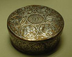 Public Domain, Planets, Decorative Boxes, Objects, Louvre, Free, Decorative Storage Boxes, Louvre Doors, Plants