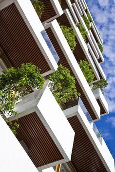Hotel Golden Holiday in Nha Trang, Trinhvieta Architects. #Constrir es el #ARTE de CReAR Infraestructura... #CReOConstrucciones.