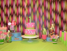 Gabriella's 1st birthday party - Pink and green!