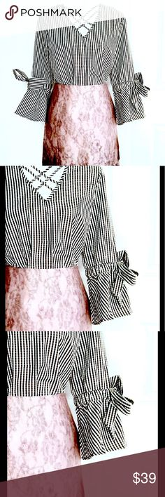 ❤️LAST CHANCE❤️Gingham W/ Bow 3/4  Bell Sleeve Top New with tags Tempted Tops