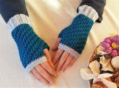 Put Your Best Hook Forward: Free Crochet Pattern Party - Chunky Crochet, Crochet Cardigan, Free Crochet, Knit Crochet, Mitten Gloves, Mittens, Spring Shower, Crochet Gloves, Animal Party