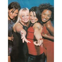 """""""#OnThisDay: Spice Girls photoshoot backstage at the Pavarotti concert in Modena, Italy on June 9th, 1998! ✌️ #spicegirls #spiceworld #photoshoot…"""""""