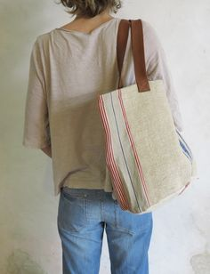Antique linen tote bag from lestoilesblanches.com