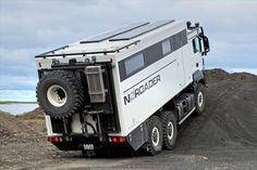 mantgs26.4806x6expeditiontruck19.jpg 540×360 pixels